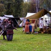 Läger och handel på gårdstunet